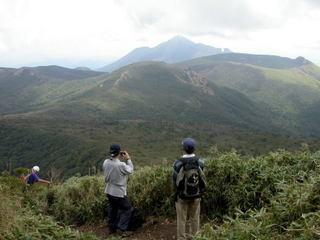 韓国岳から下る途中の絶景.jpg