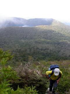 韓国岳山頂への急登.jpg